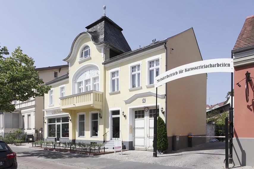 Potsdamer Straße 4 - Straßenansicht