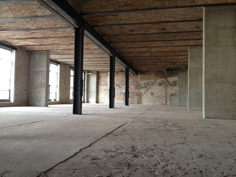 im Bau - Büroetage
